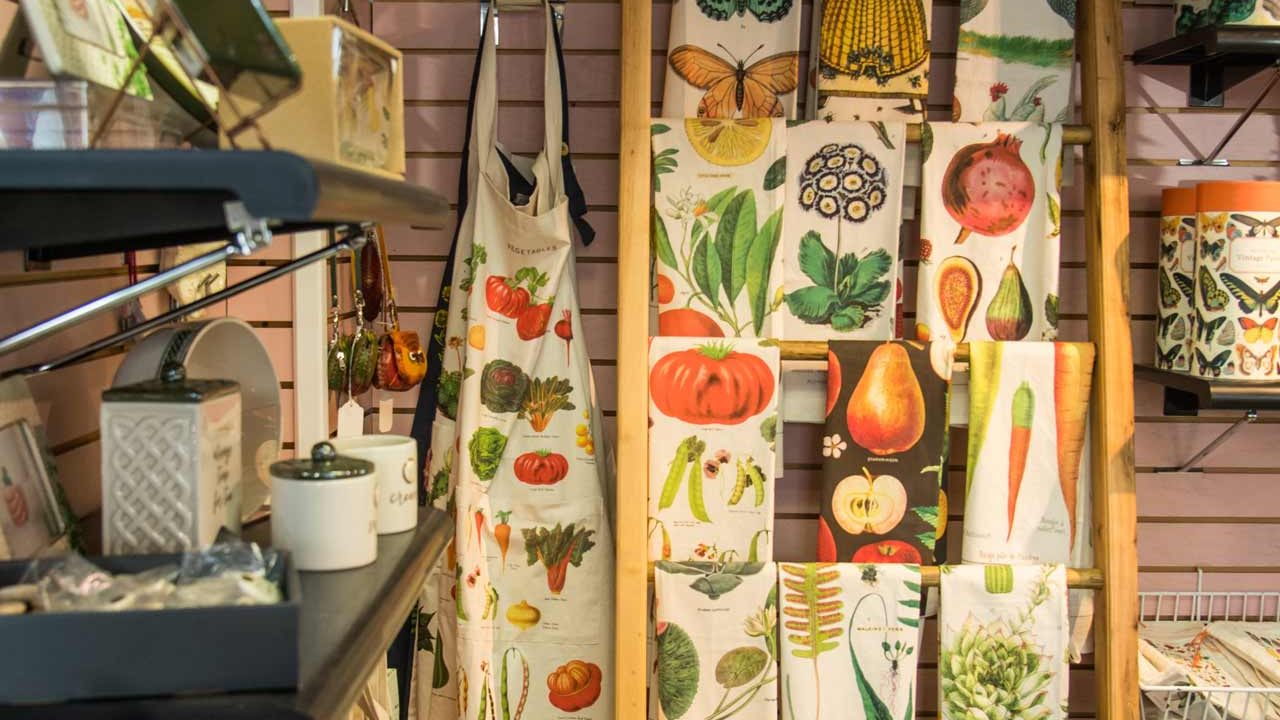 decorative aprons, towels, and gifts